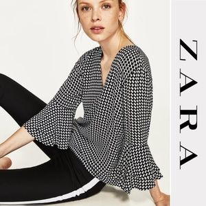 Zara Printed Top with Frilled Bell Sleeves Size XL